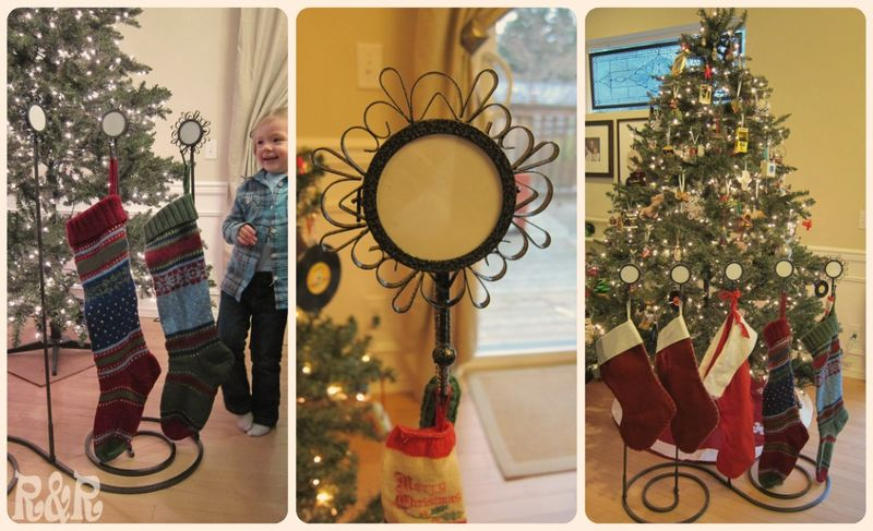 Floor standing christmas stocking holder elhouz