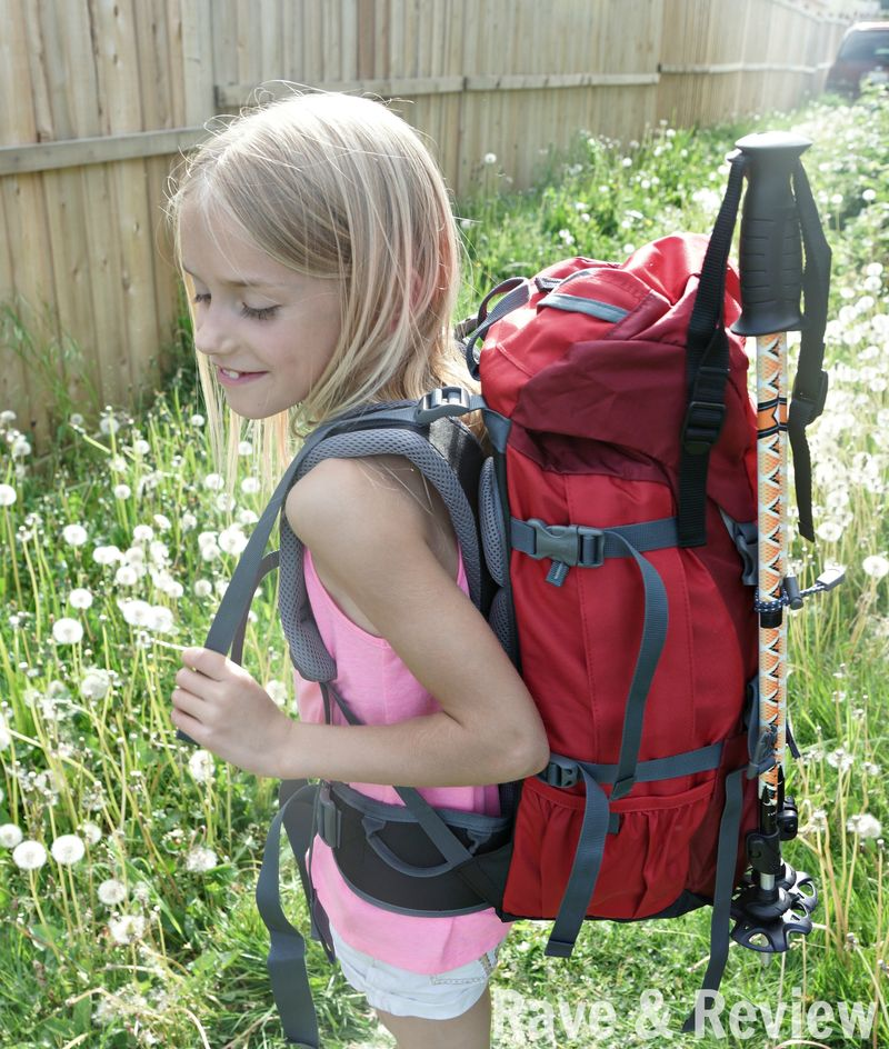 Kid in Deuter Fox 30