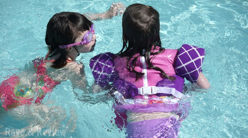 TadPool swim vest