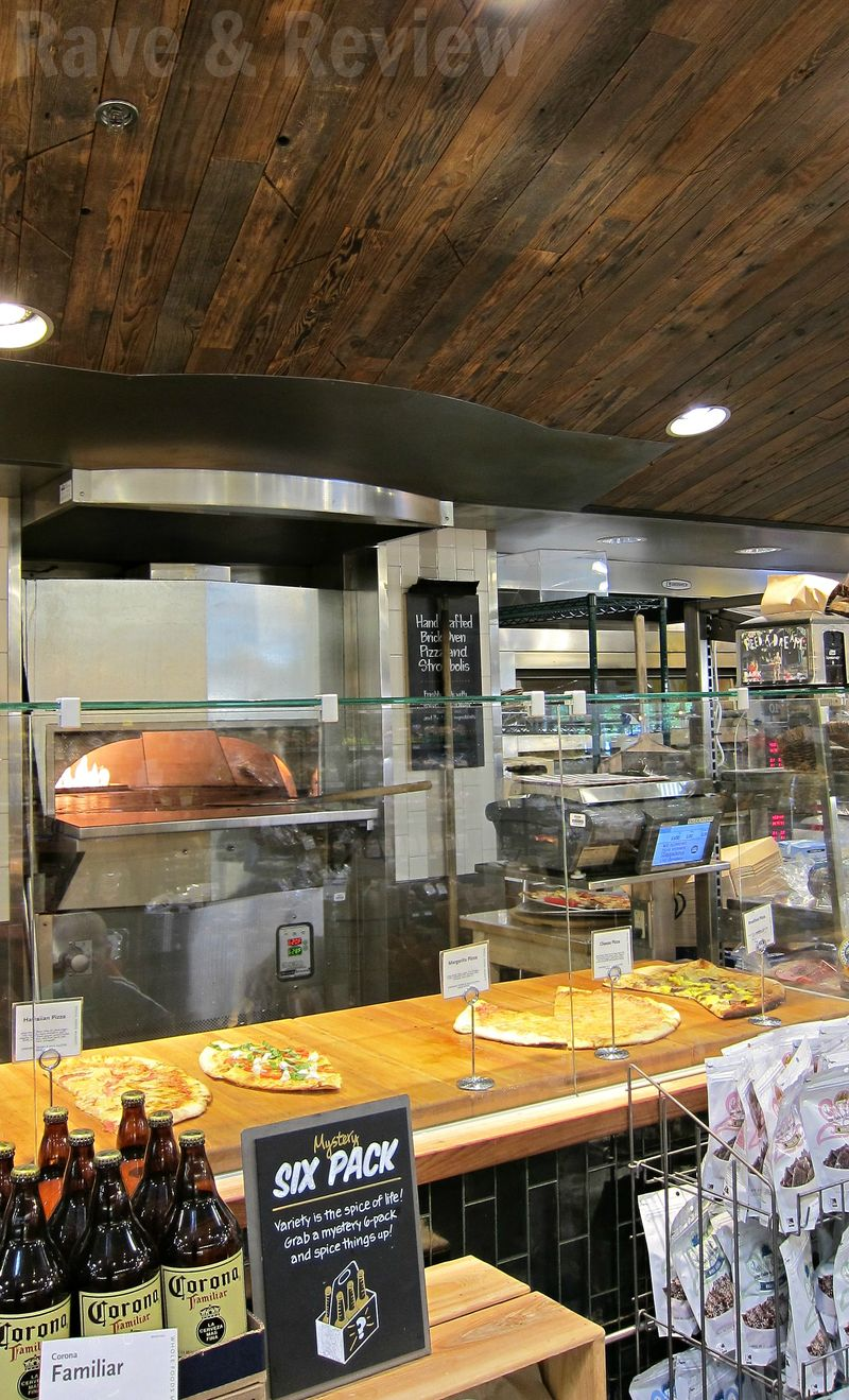 Whole Foods pizza bar