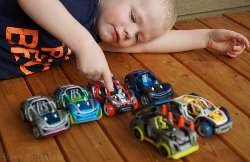 Modarri cars play
