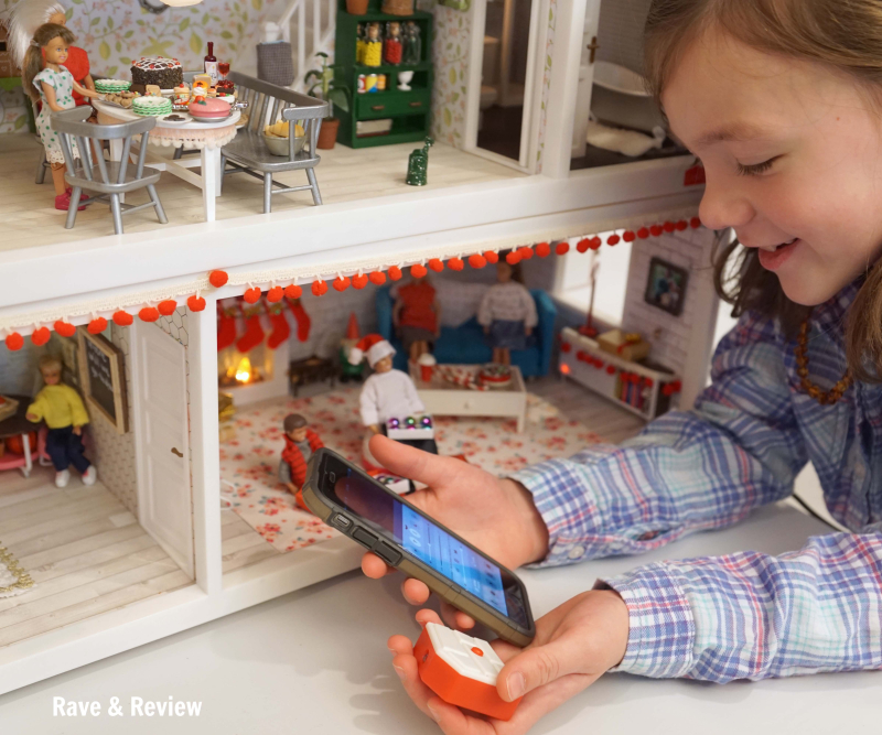Lundby sideboard connected to phone