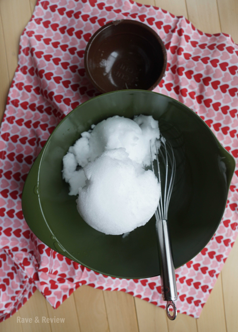 Snow ice cream in bowl