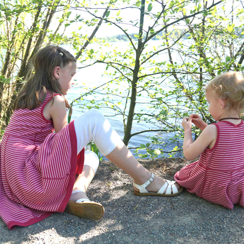 Matching girls Hanna Andersson dresses