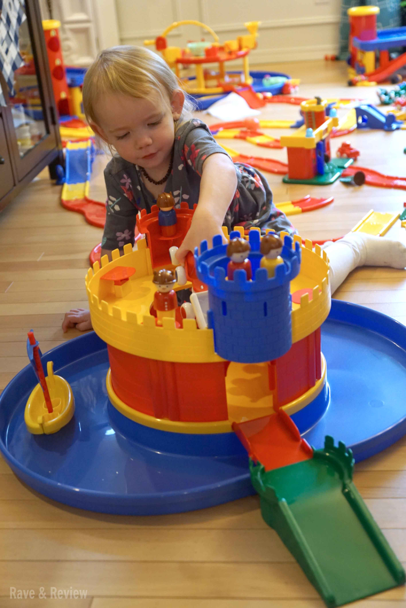 Viking toys castle playing