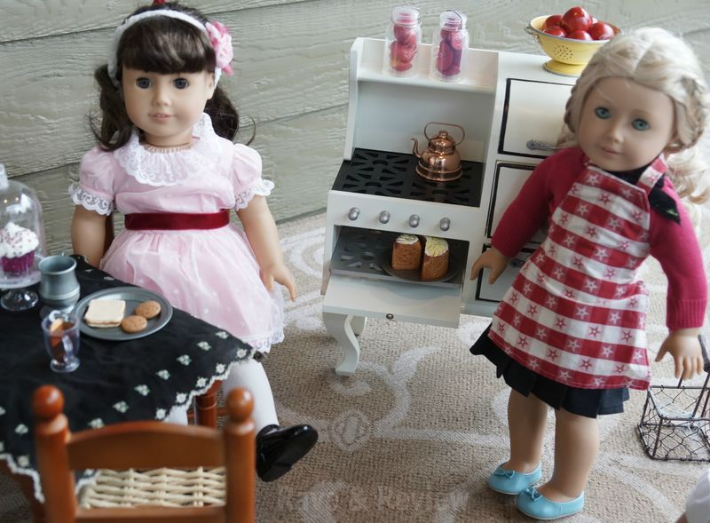 Dolls in the kitchen