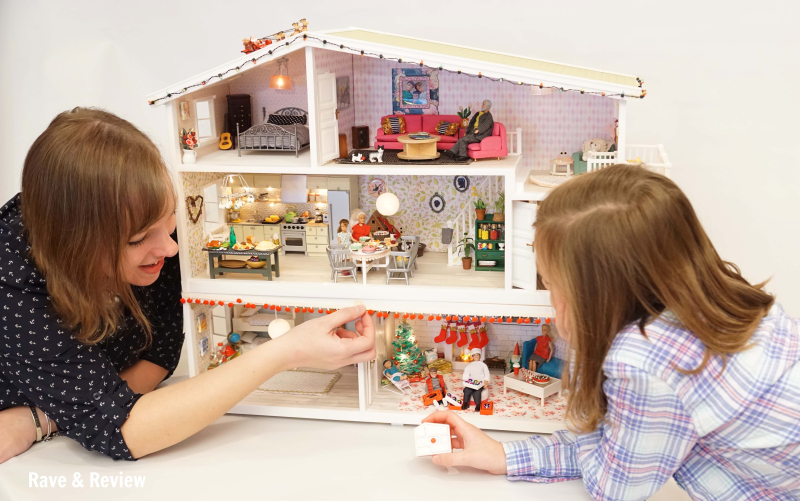 Lundby mom daughter decorating
