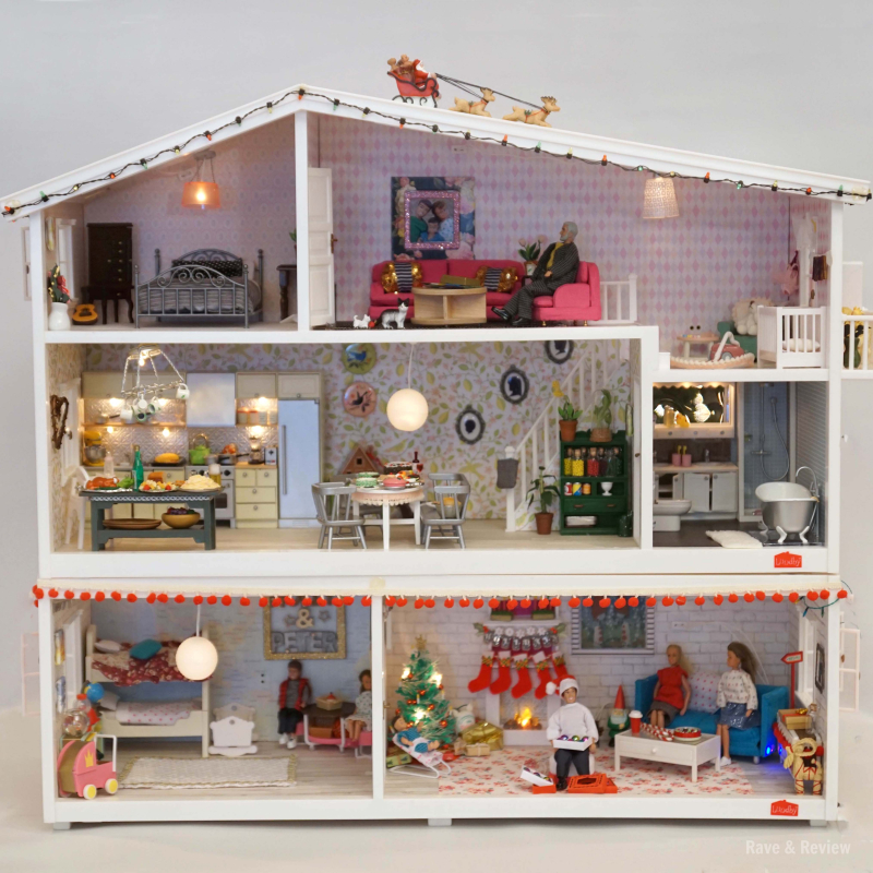 Lundby house at Christmas square