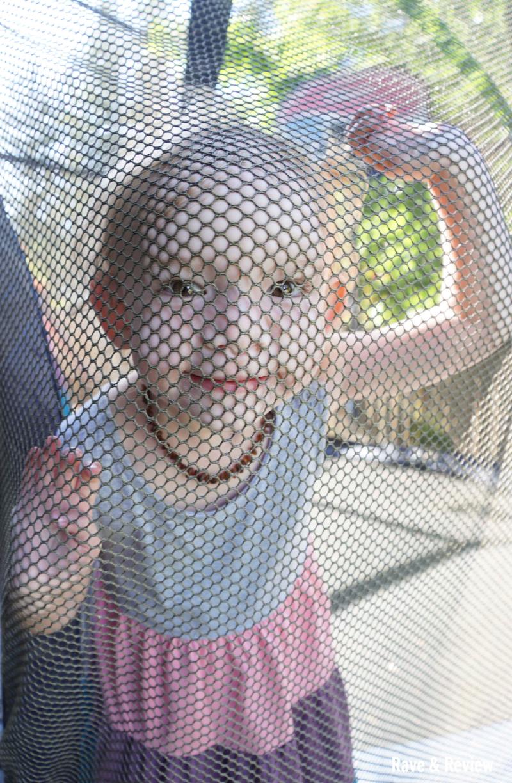 Trampoline net peeking