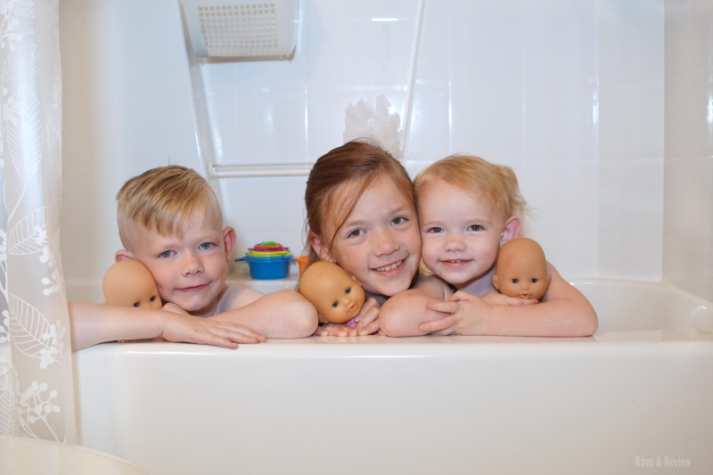 Corolle in bath