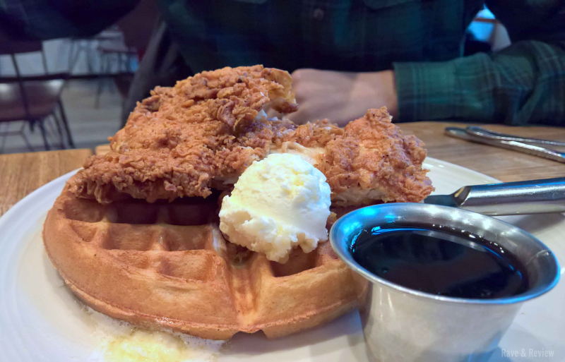 Bellevue Vivo 53 chicken and waffles