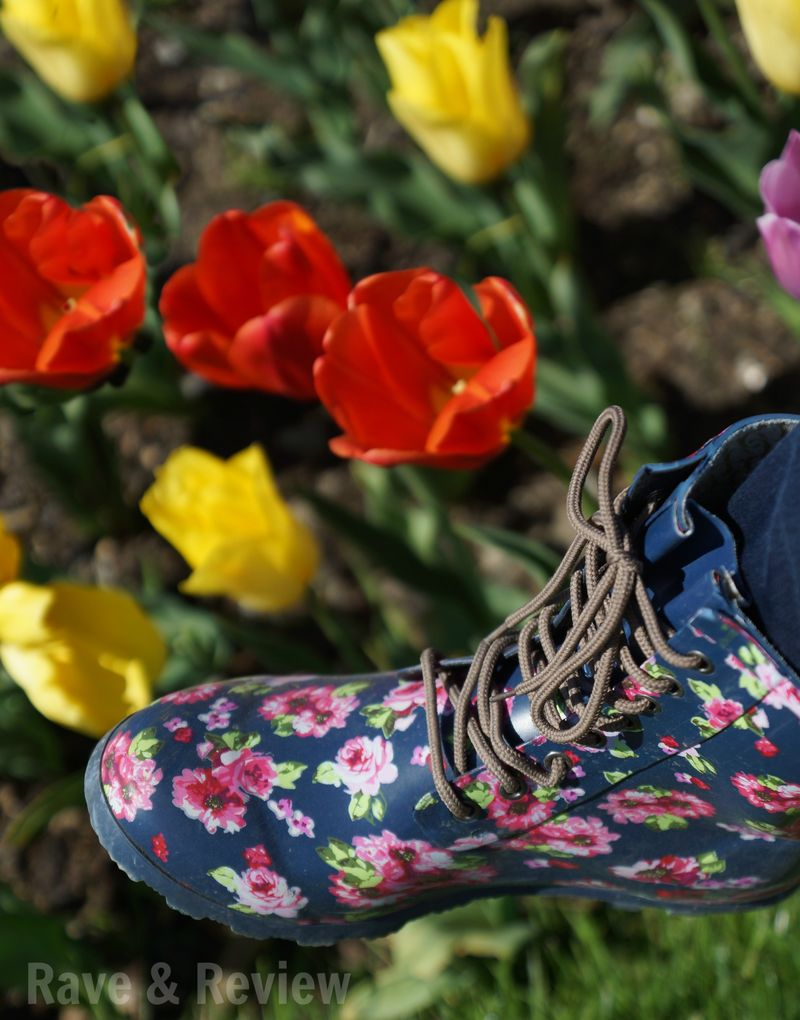 Chooka boots wirh tulips