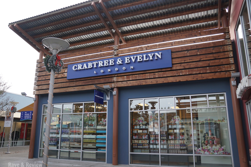 Seattle Premium Outlets Crabtree and Evelyn new store