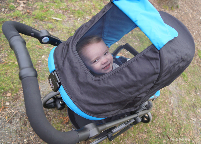 Britax 2017 B-Ready peek a boo window with child