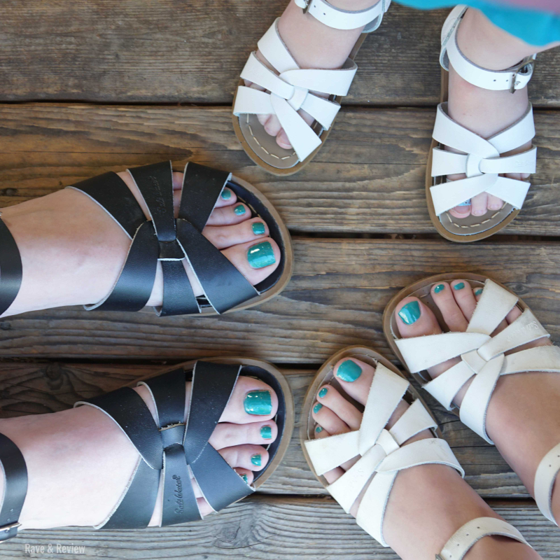 Salt Water Sandal girls sq