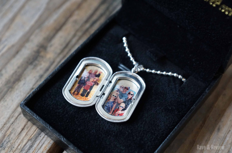 PicturesOnGold necklace